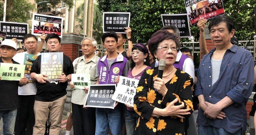 影/呂秀蓮反對公投法修惡 要民進黨摸摸良心