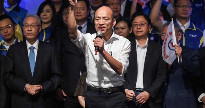 韓國瑜國政顧問團開戰:蔡英文來一場兩岸辯論! 霸氣嗆:時間、地點給妳選