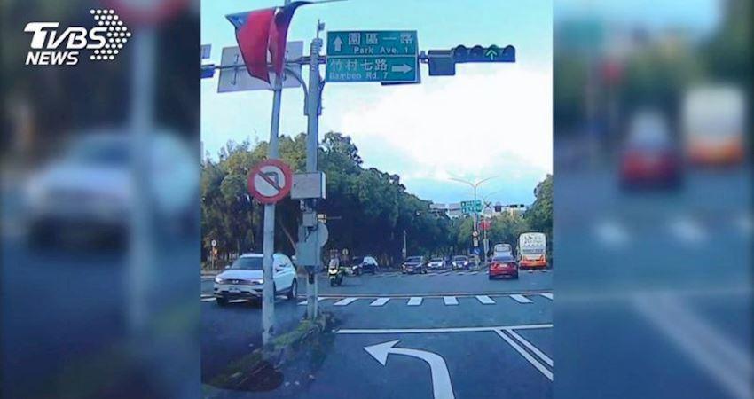 影/怎麼開?禁左轉道畫「左轉標示」用路人疑惑