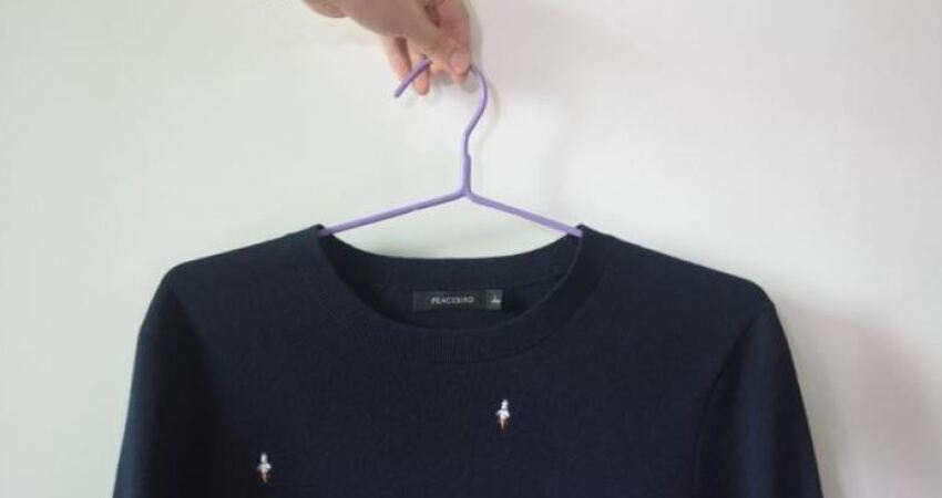 好多人掛毛衣的方法都錯了,這才是掛毛衣正確方法