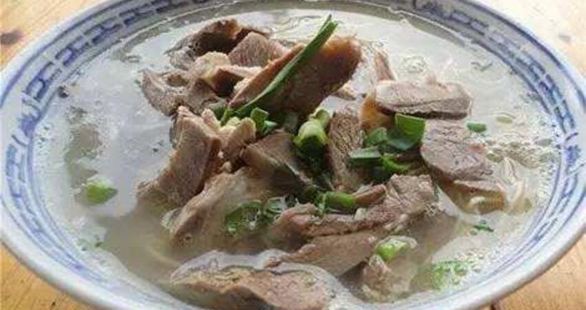 三伏天吃羊肉能「進補」?燉羊肉學會幾招,去掉羶味、營養更豐富