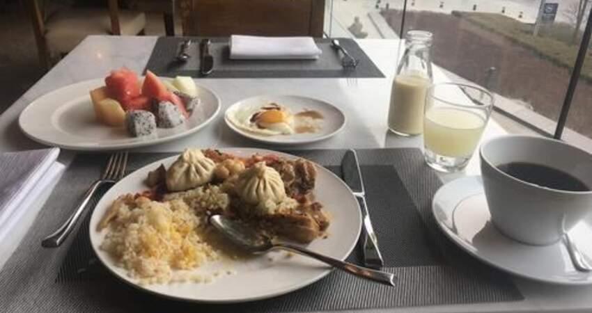 吃早飯後晨練好,還是空腹晨練好?其實有幾種人群並不適合晨練
