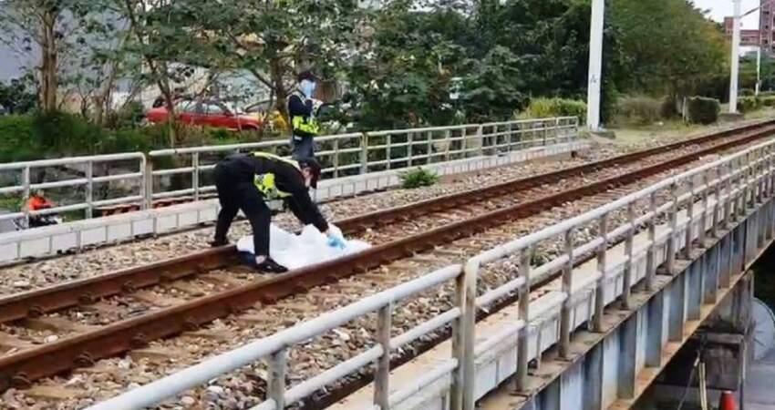 跨越鐵道遭太魯閣號撞上當場死亡多車延誤