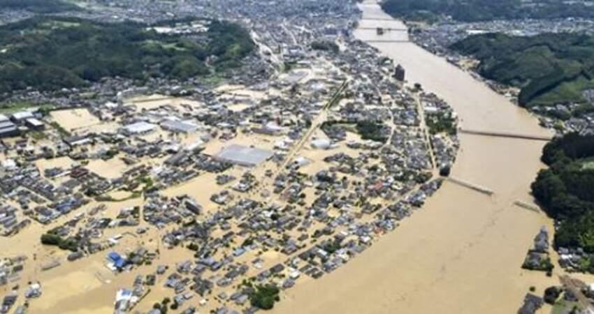 暴雨灌滿九州!急撤7.5萬人「家園直接泡水」 日政府宣佈:緊急山崩預警!