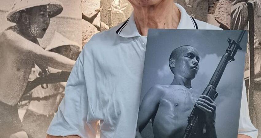 影中人找到了!古寧頭戰役89歲老戰士 在影像展遇到70年前的自己