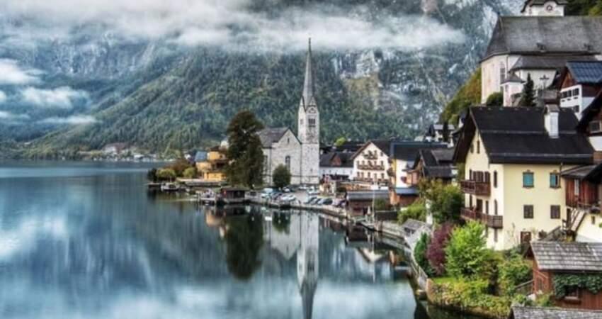 奧地利神仙小村莊,因《冰雪奇緣》一夜爆紅,當地人:快瘋了
