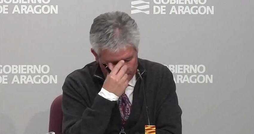 口罩一片上萬元! 西班牙衛生部長淚流滿面