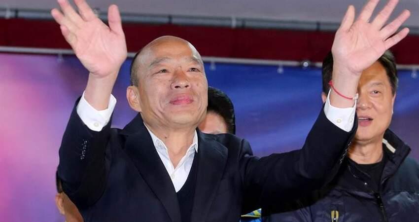 曾公開質疑韓市政哪裡做不好高雄30年裡長曝現場反應