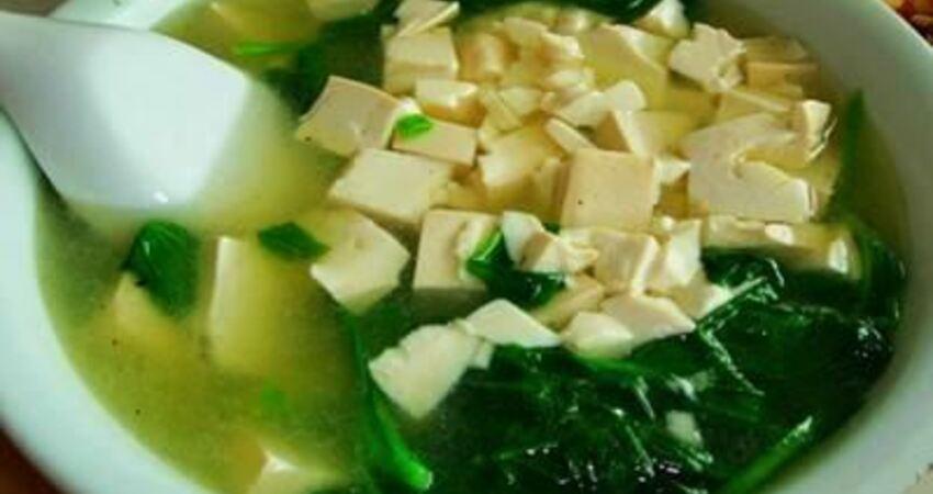 腎結石帶來的疼痛苦不堪言,經常吃菠菜豆腐,會加重腎結石嗎?