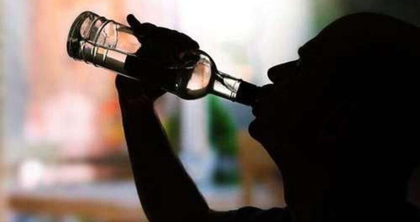 喝酒後,臉上出現3種「顏色」,說明肝臟可能受傷了,儘快去檢查