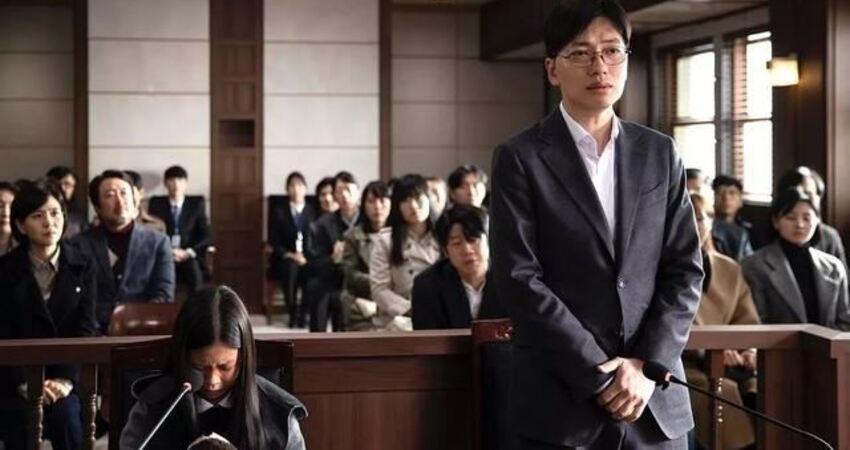 殘忍堪比《熔爐》,我們不想面對的惡,又被韓國搬上了熒幕
