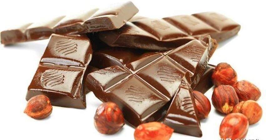 吃了半輩子巧克力,才剛知道那些凹槽是干什麼的,一直都想錯了!