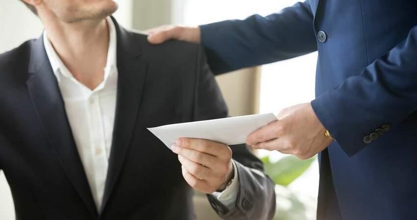 求職見「全勤獎金」是好事?老鳥揭偷薪真相:絕對不去
