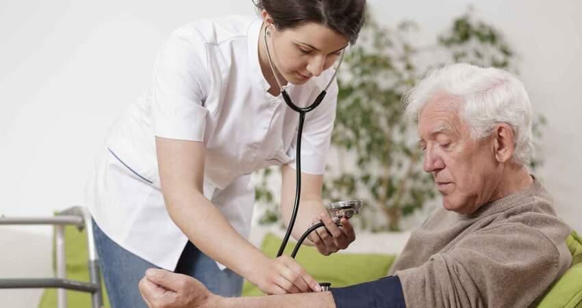 看似平靜的高血壓,實則3個癥狀常困擾,如何防治