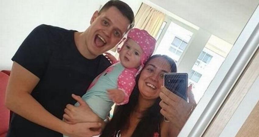 帶著九個月的女兒第一次出國旅行,結果1000英鎊債務從天而降