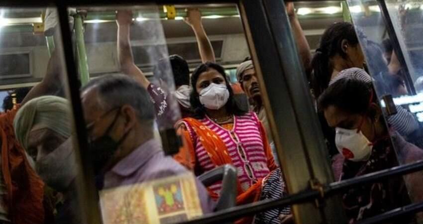 隔離到精神崩潰!印度男全裸衝街上 「死啃90歲老嬤喉嚨」活體當場變冷屍