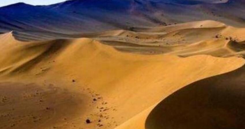 """很""""沒面子""""的沙漠,本該黃沙漫天寸草不生,卻遍地湖泊魚蝦成群"""