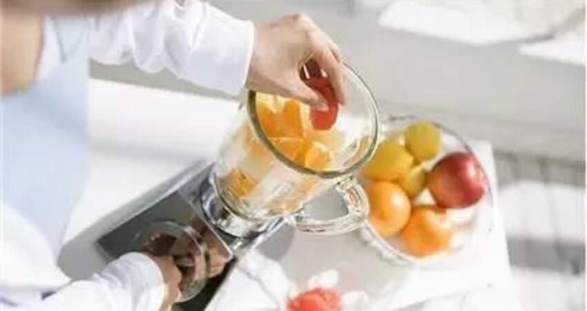 每天都喝一杯果蔬汁,排毒減肥還能美容護膚?不要再妄想了