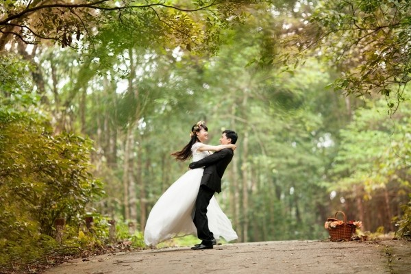 wedding-love-happy-couple-bride-groom-wed-dance.jpg
