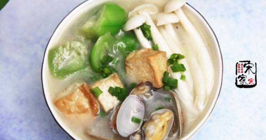 明日寒露多喝這湯,5分鐘做一鍋,潤喉防燥保健康,家人正需要