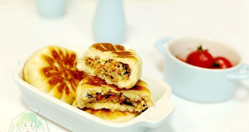 做餡餅,教一招,麵皮柔軟餡香十足,晚上做早上吃,口感一點不減