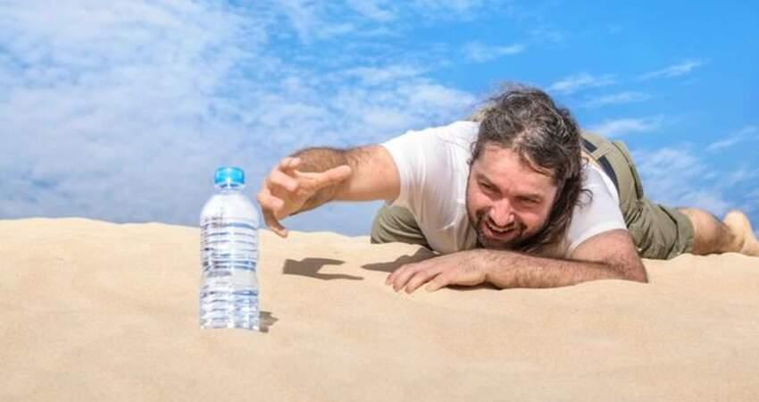 那些不愛喝水的人,後來都怎麼了?醫生說出這4點,你看了會慌