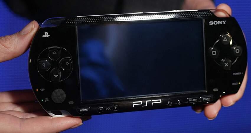 時代的眼淚?索尼掌機PSP過16歲生日 網掀懷舊潮:最懷念這款遊戲!