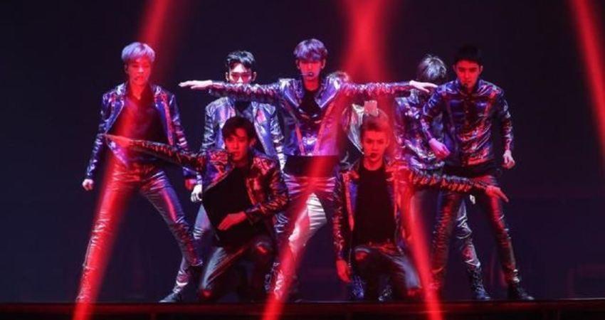 SBS《超級演唱會》EXO被黃致列代替,引起愛麗們強烈不滿!