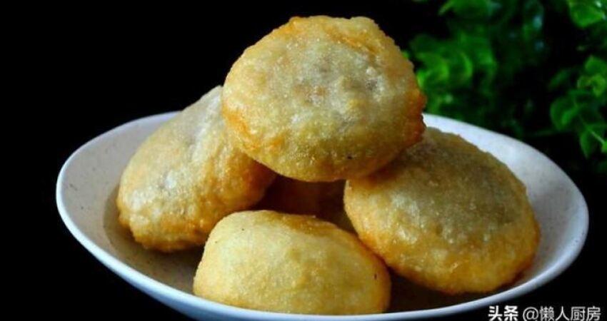 不用麵粉,這是發麵紫薯餅的做法,糯而不粘牙香酥可口