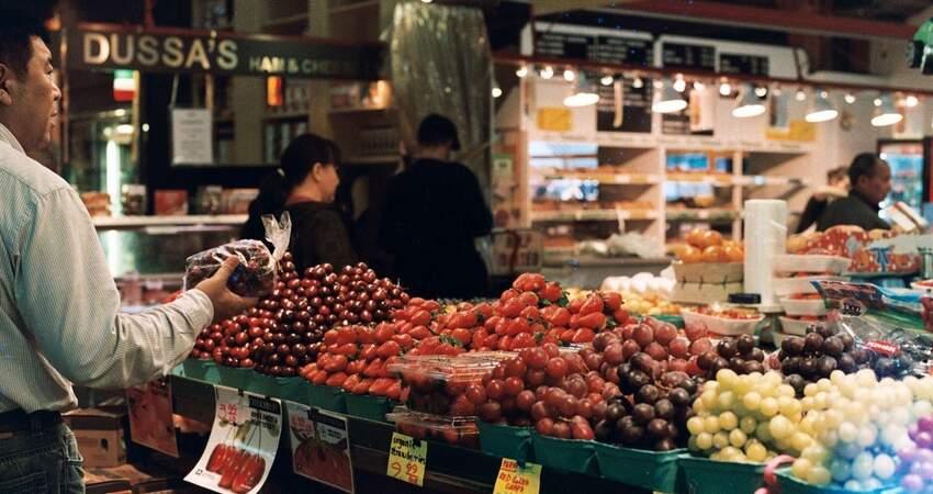 56歲男買菜「接觸15秒」被傳染武漢肺炎?醫師揭主因