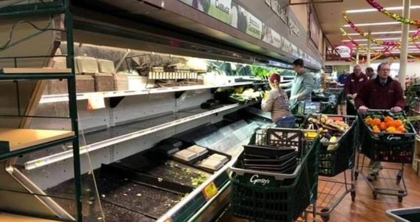 奧客大媽進超市「狂咳嗽」:我有新冠肺炎!顧客嚇傻,100萬商品緊急扔掉