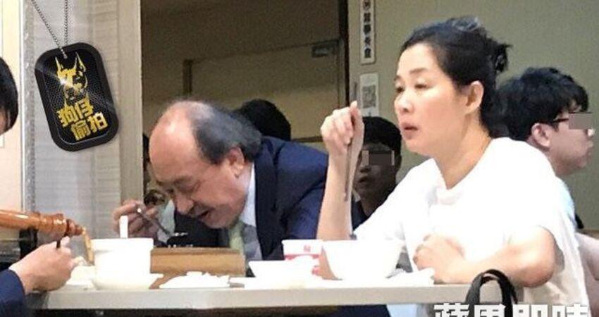 【獨家直擊】柯建銘拖「地下夫人」嗑飯  夜奔國會辦公室