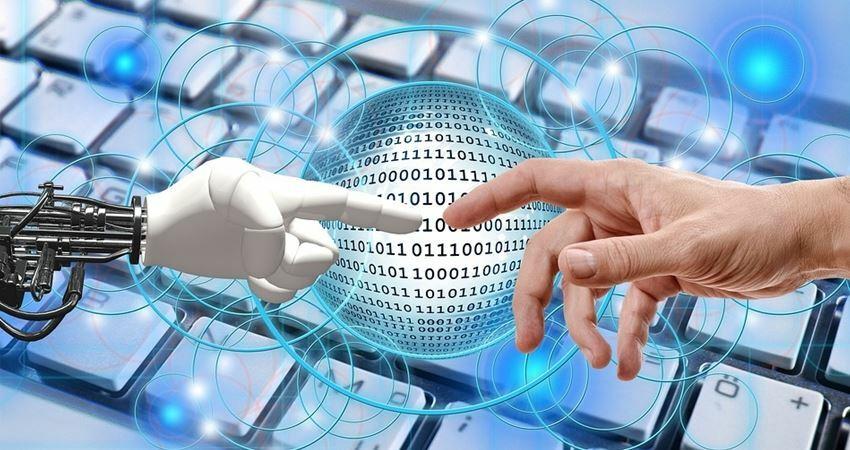 世界第一個獲「人類國籍」的機器人,最近說想要小孩了!