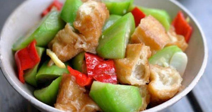 絲瓜和它天生就很配,這樣炒鮮香美味不發黑,3分鐘就出鍋