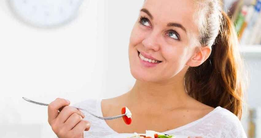 保養心臟少生病,提醒:少吃三白,多做二事,心臟會感謝你