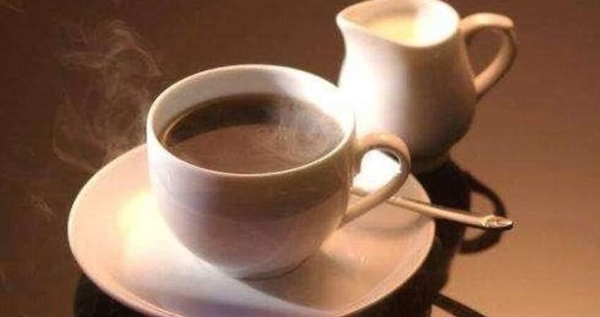 每天喝速溶咖啡,對身體健康有壞處嗎?更建議大家選擇黑咖啡