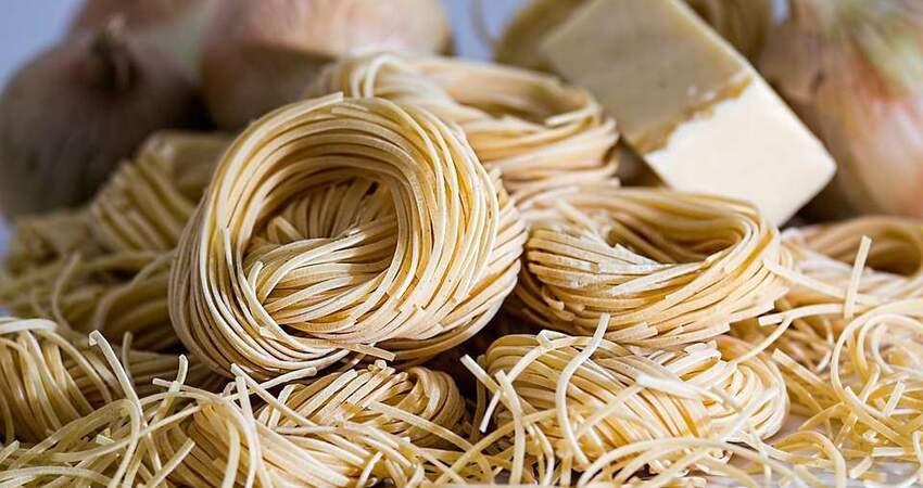 米飯和麵食,哪個更容易發胖?吃了那麼多年,原來它才是「地雷」