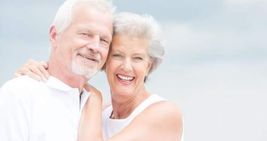 50歲後是長壽的關鍵期?少吃這4種食物,血管至少能延壽十年