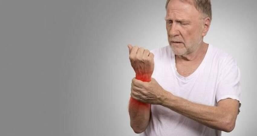 痛風可能是喝出來的!高尿酸患者要注意,別亂喝這3種水!