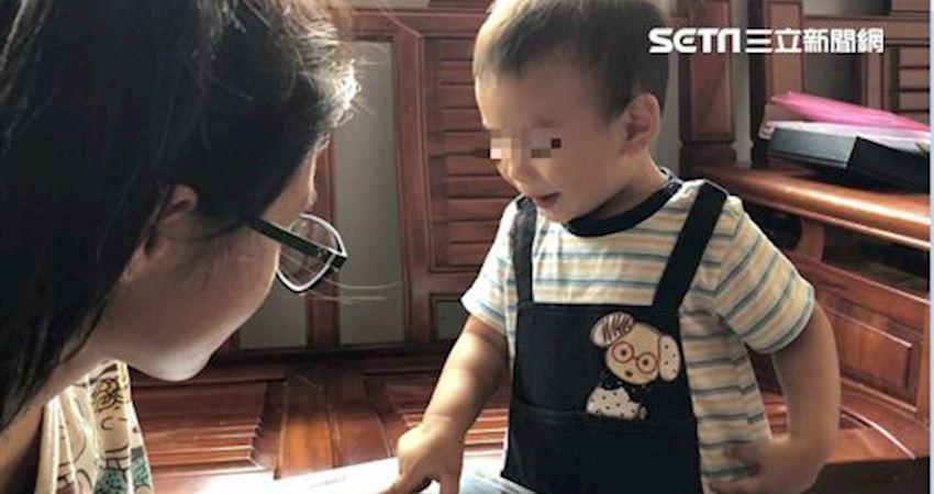 不知父遭撞死…1歲童懵指照片喊爸爸