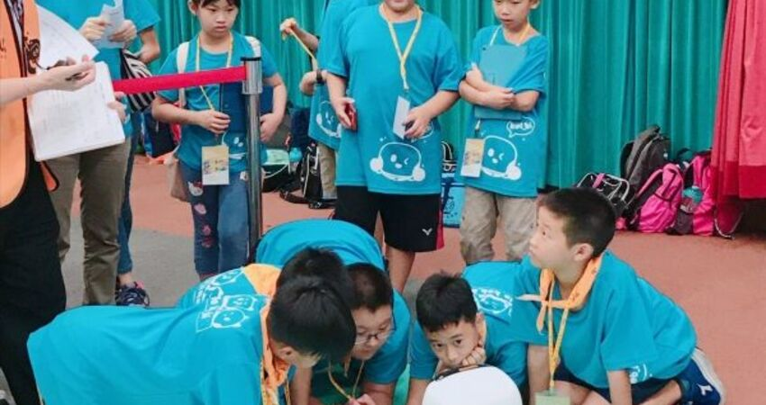學童擁抱程式盛夏! 凱比機器人創意競賽