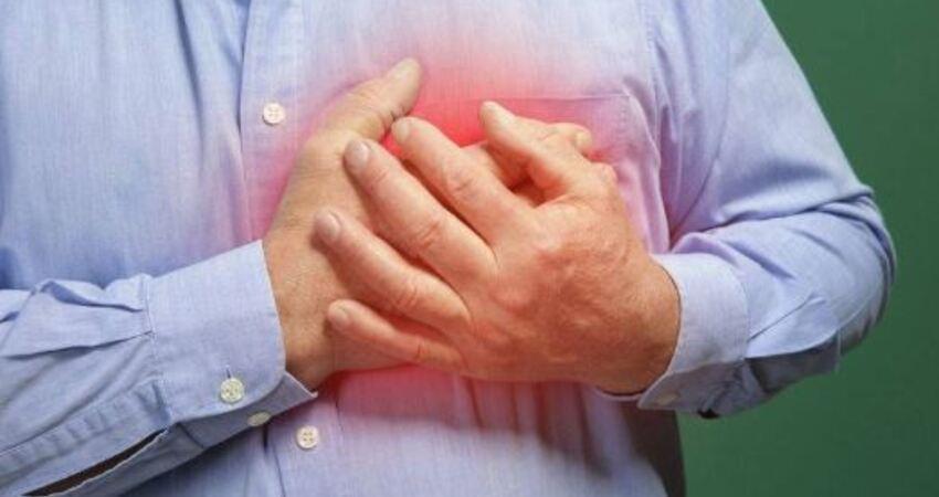 好心臟是吃出來?心臟不好的人,記得多吃「3紅」,少碰「2白」!