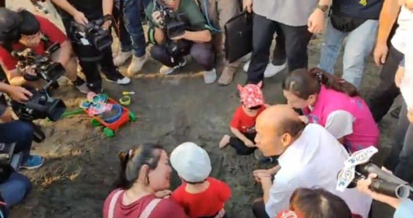 好尷尬...女童拒喊凍蒜 韓國瑜:小孩就是怕生
