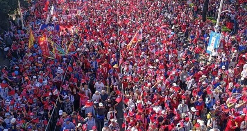 整個大爆滿!!挺韓人龍數公里!超過55萬人! 韓國瑜:治安有信心 不怕群眾多!