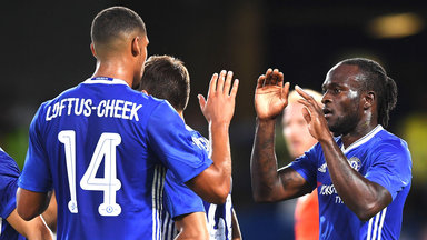 football-chelsea-efl-cup-victor-moses-ruben-loftus-cheek-celebrating_3770914.jpg