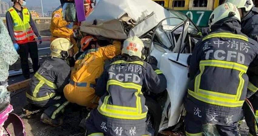 媽媽用自己的生命守護了孩子的未來,前線消防隊人員分享經歷宣導:【愛您的家人就是開車繫上安全帶】