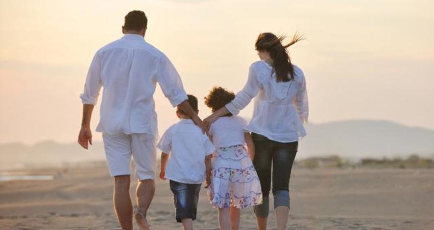 願我們都能好好愛我們的父母,常回家看看!