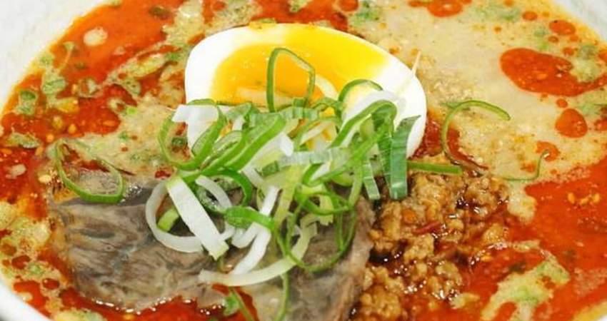 韓國美食節目介紹《擔擔麵超級好吃》花生炒滷肉香超讚