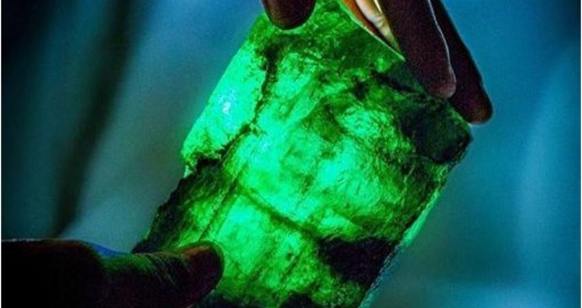 尚比亞挖出5655克拉霸王級祖母綠