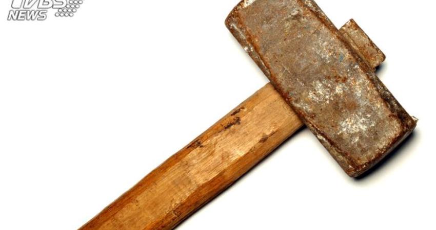 男揮鎚砸死祖母 遭逮供稱「媽也是我殺的」